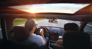 sospensione della patente per chi guida con il cellulare